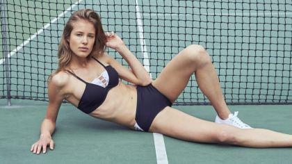 bikini con inspiración deportiva